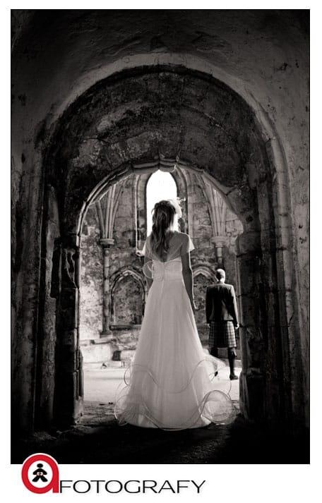 Edinburgh-wedding-first-look-photographer