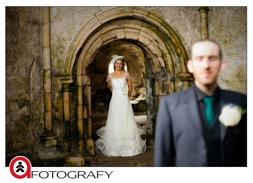 First-look-wedding-photography-at-Inchcolm-abbey