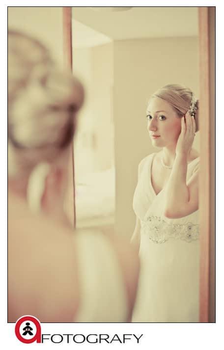 Edinburgh-bride-getting-ready-photograph