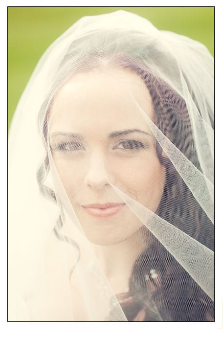 Beautiful-bridal-portrait-photographed-by-edinburgh-photographer