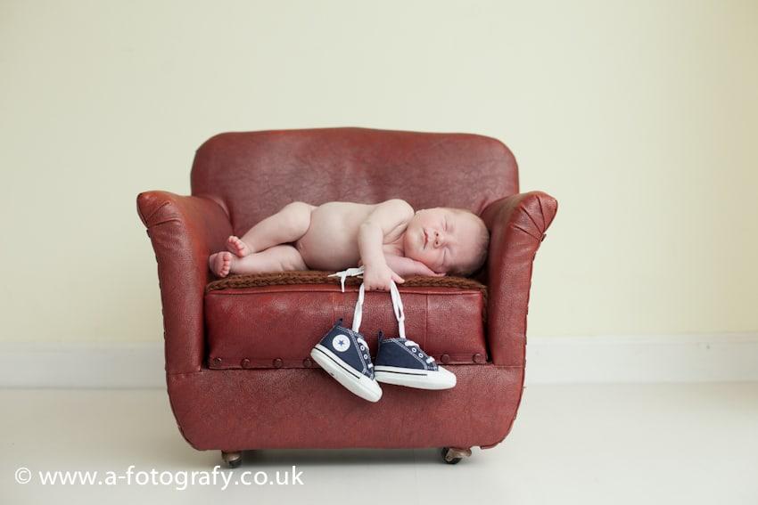 Newborn photographers Scotland