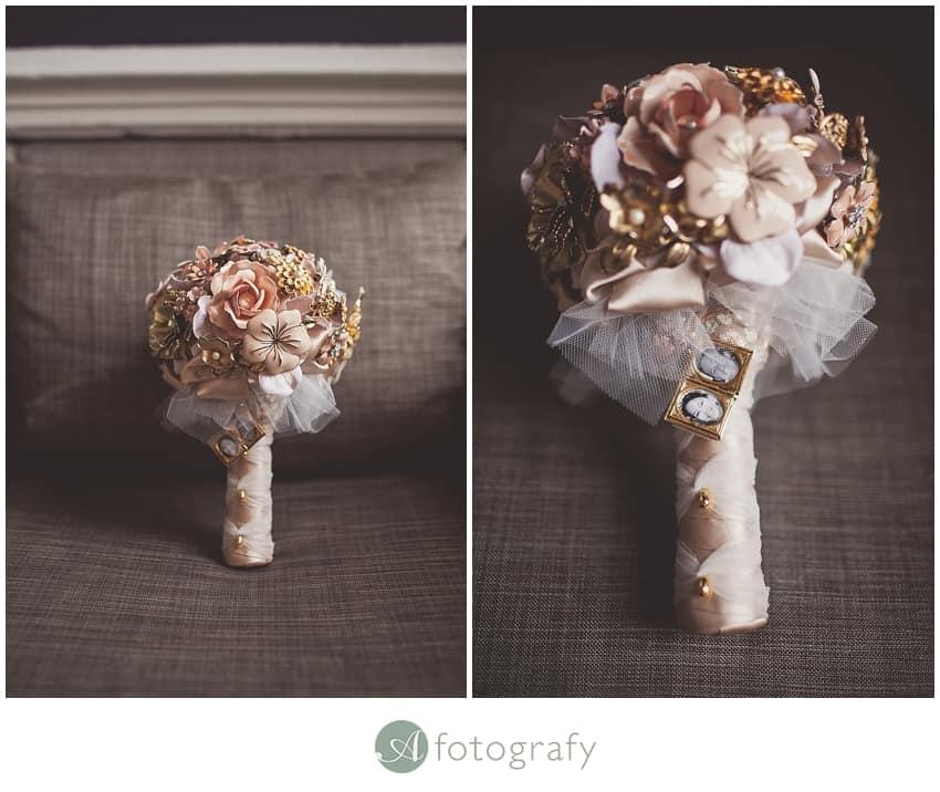 Brooch wedding flower bouquet