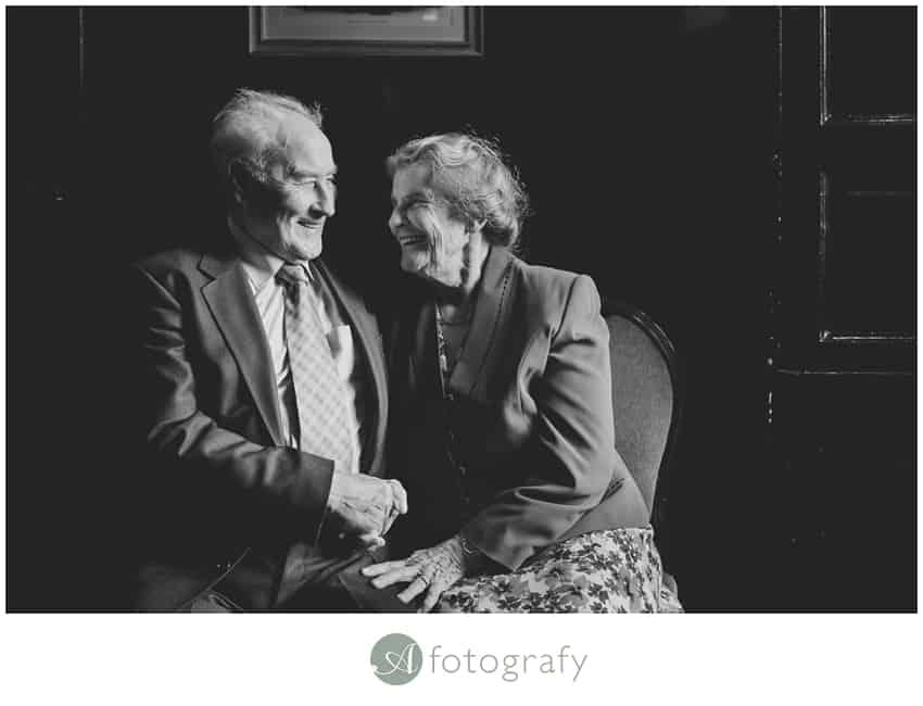 Edinburgh counting house wedding photography -5