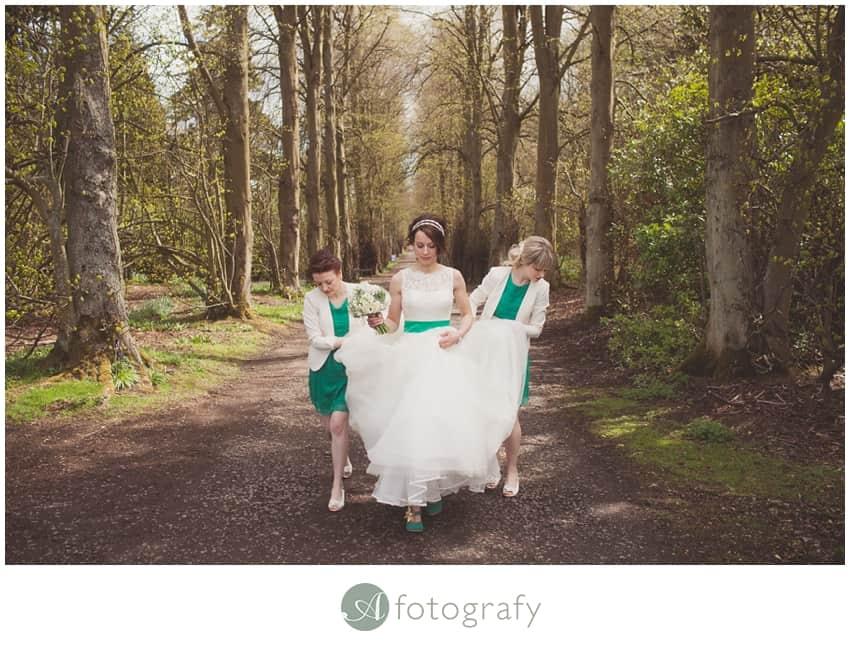 Hopetoun house wedding photography preparation-13