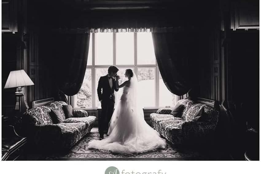 Scottish Hong Kong wedding photography at Dalhousie castle 9