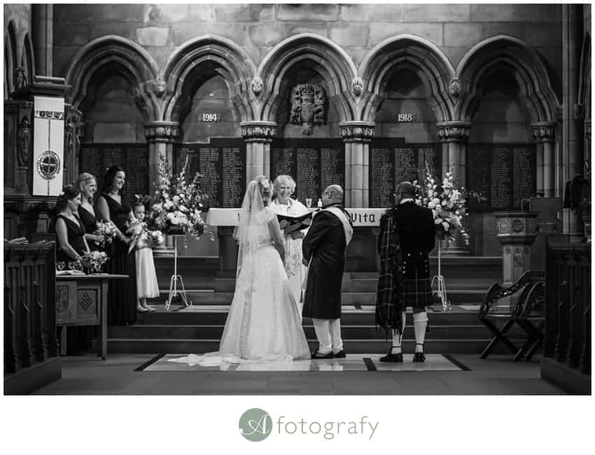 glasgow chapel wedding photographers