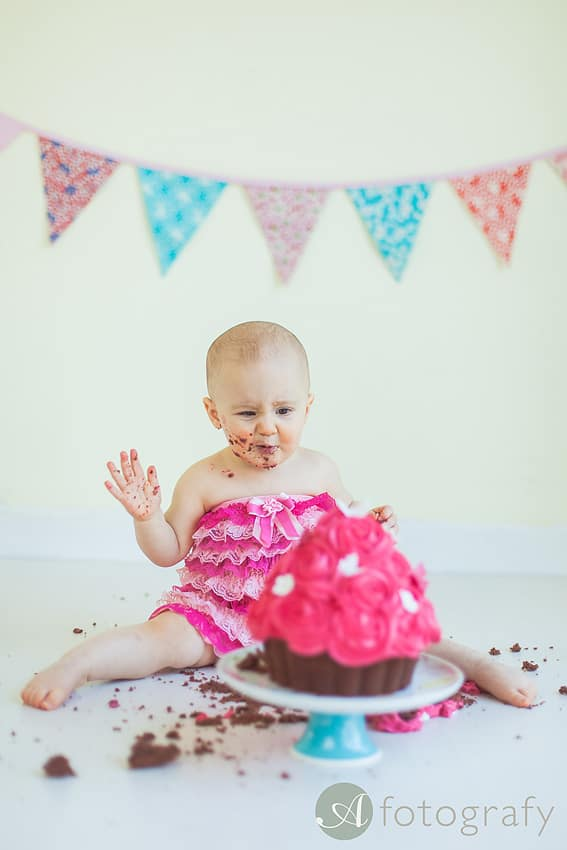 First Birthday Cake Smash Photography | Sophia-Belle 60
