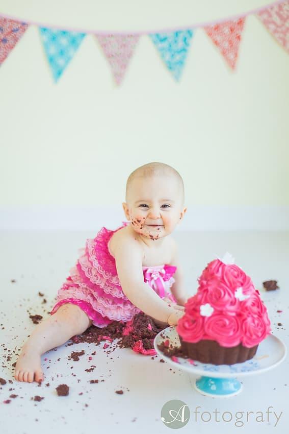 First Birthday Cake Smash Photography | Sophia-Belle 63