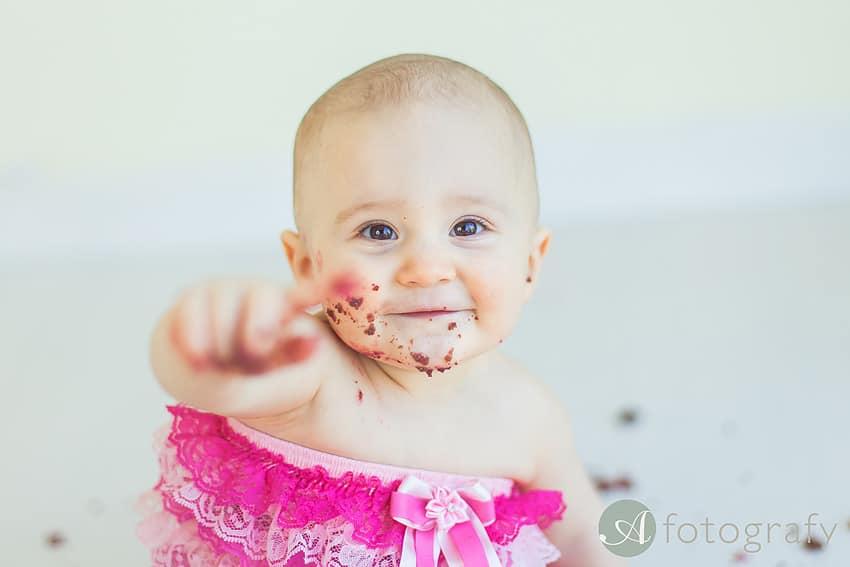First Birthday Cake Smash Photography | Sophia-Belle 62