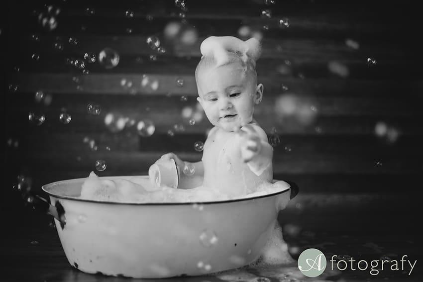 First Birthday Cake Smash Photography | Sophia-Belle 69