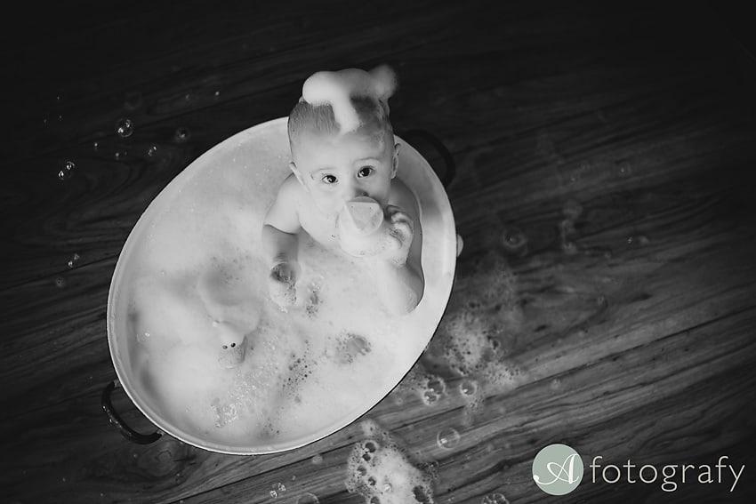 First Birthday Cake Smash Photography | Sophia-Belle 68
