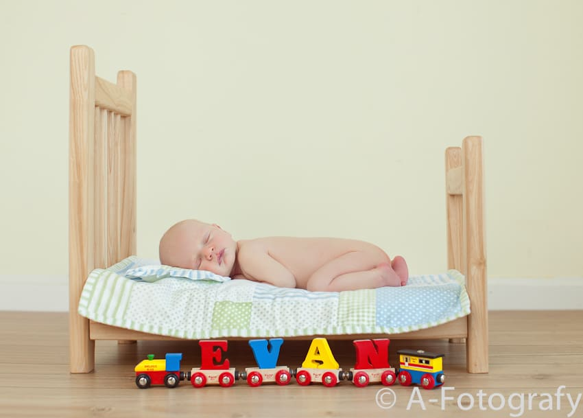 Newborn baby photography-008