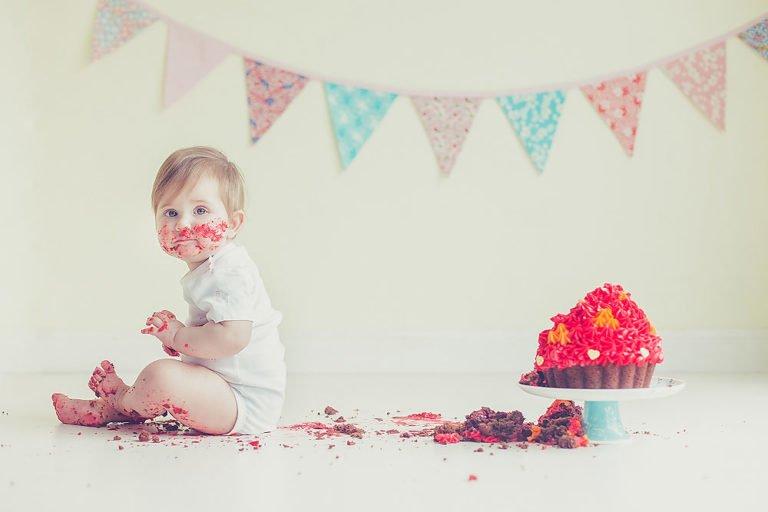 Cake Smash in Edinburgh | 1st Birthday Photos 21