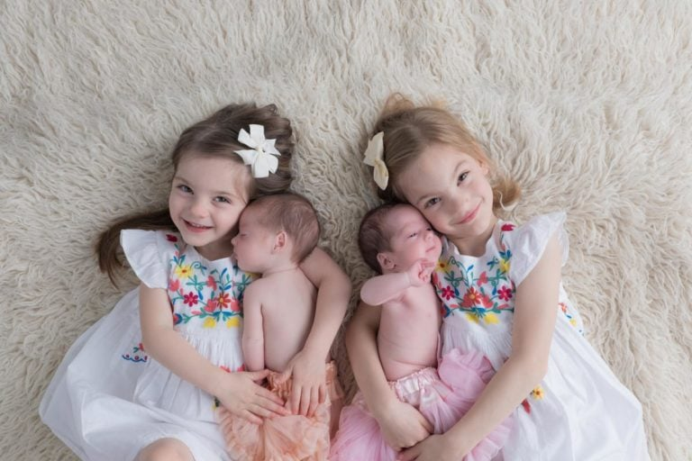 Newborn Twins Photography poses, tips and ideas 31