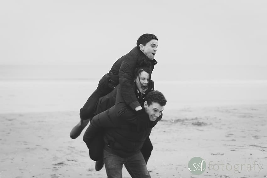 Professional family photos of Allsopps on Gullane beach 6