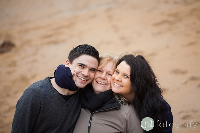 Professional family photos of Allsopps on Gullane beach 4