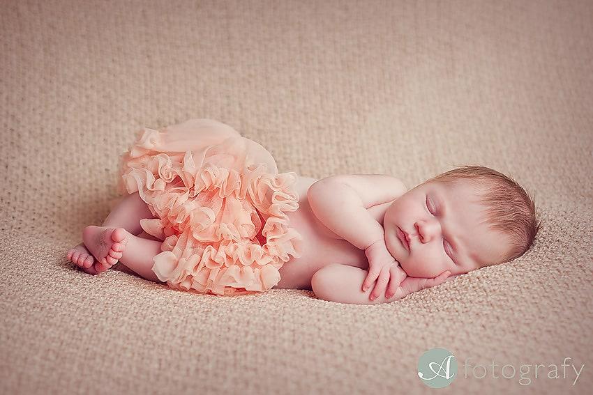 cute newborn tutu baby photography Edinburgh