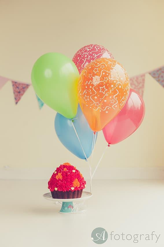 cute birthday cake smash photography Edinburgh-001