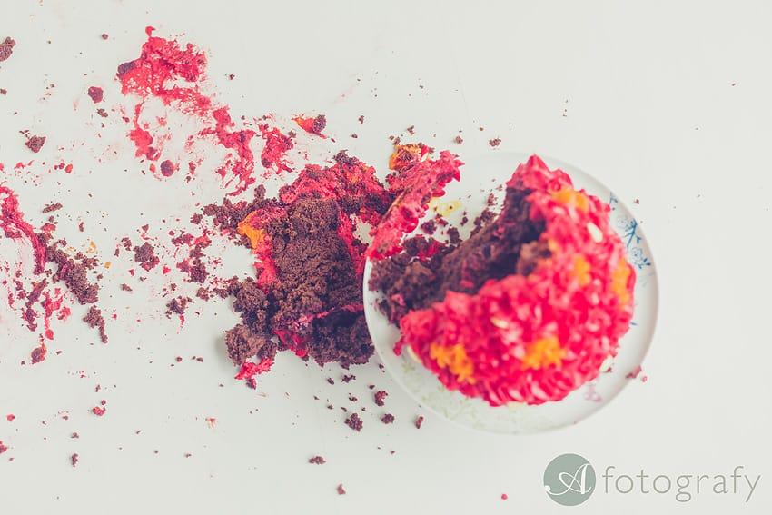 cute birthday cake smash photography Edinburgh-020