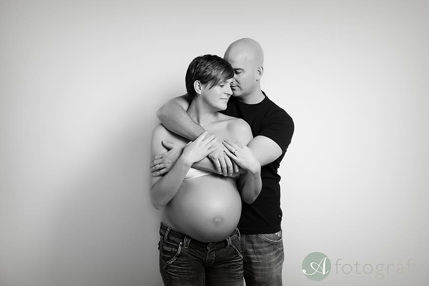 Maternity photography Edinburgh