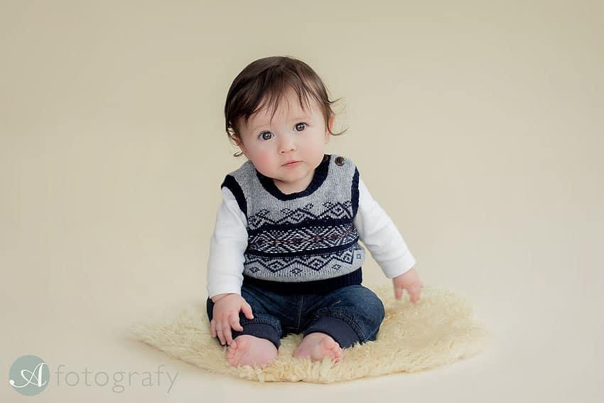 Edinburgh baby photographer.