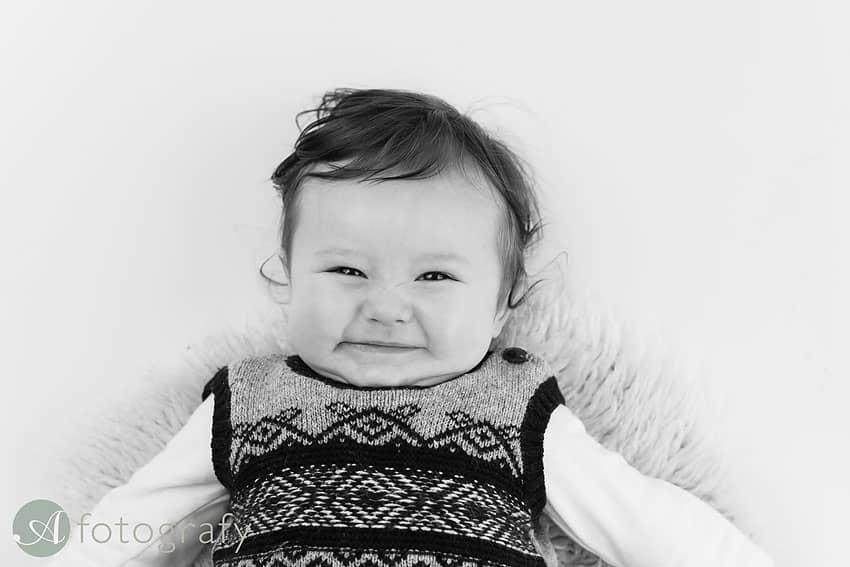 Edinburgh baby photographer.6
