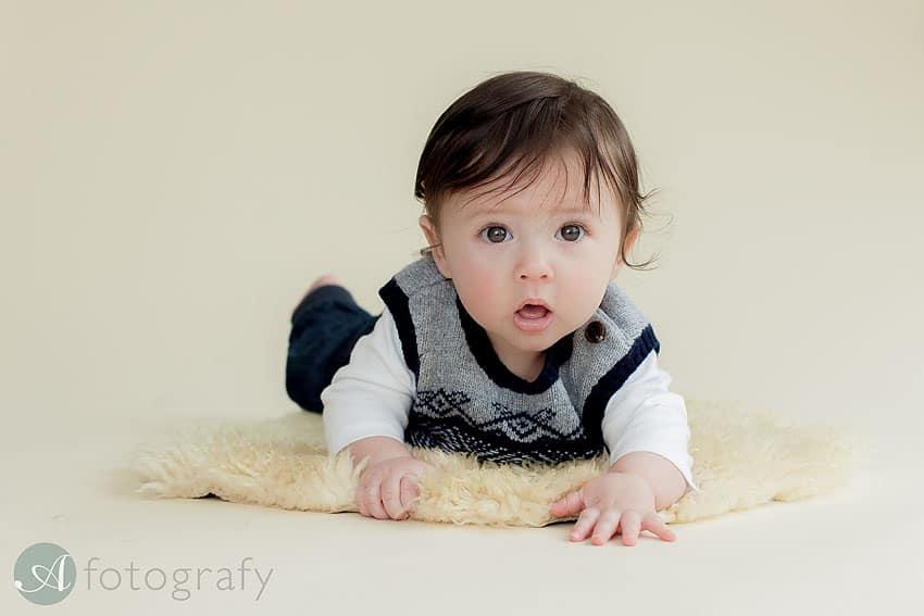 Edinburgh baby photographer.7