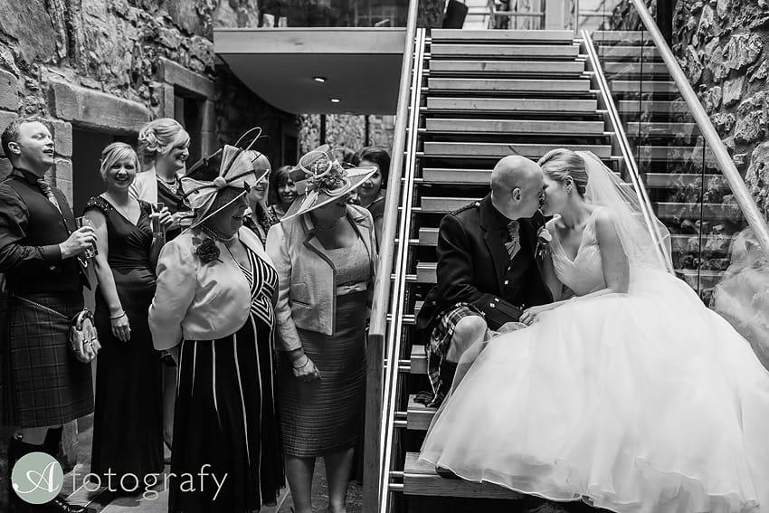 edinburgh castle wedding photography -018
