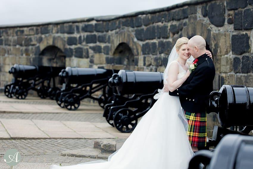 edinburgh castle wedding photography -023