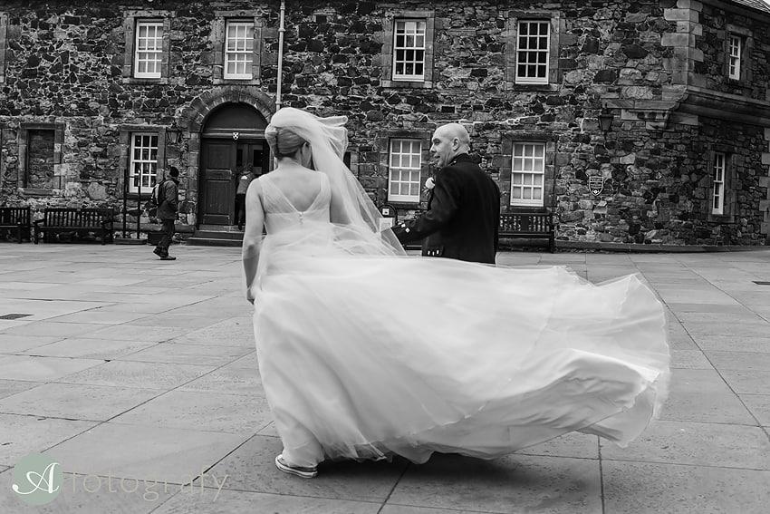 edinburgh castle wedding photography -029