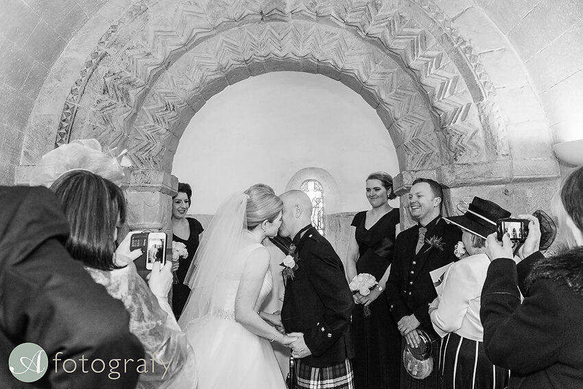 edinburgh castle wedding photography -030-2