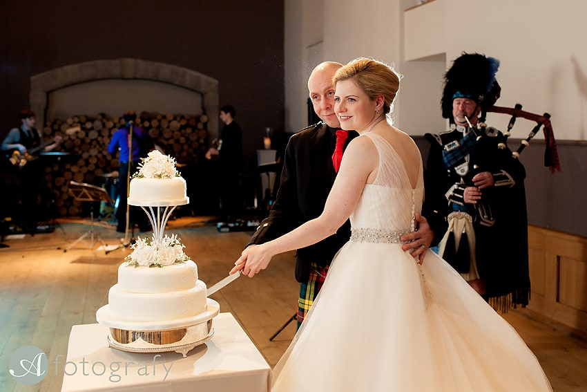 edinburgh castle wedding photography -036