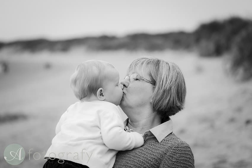 outdoors beach family photographer edinburgh-014