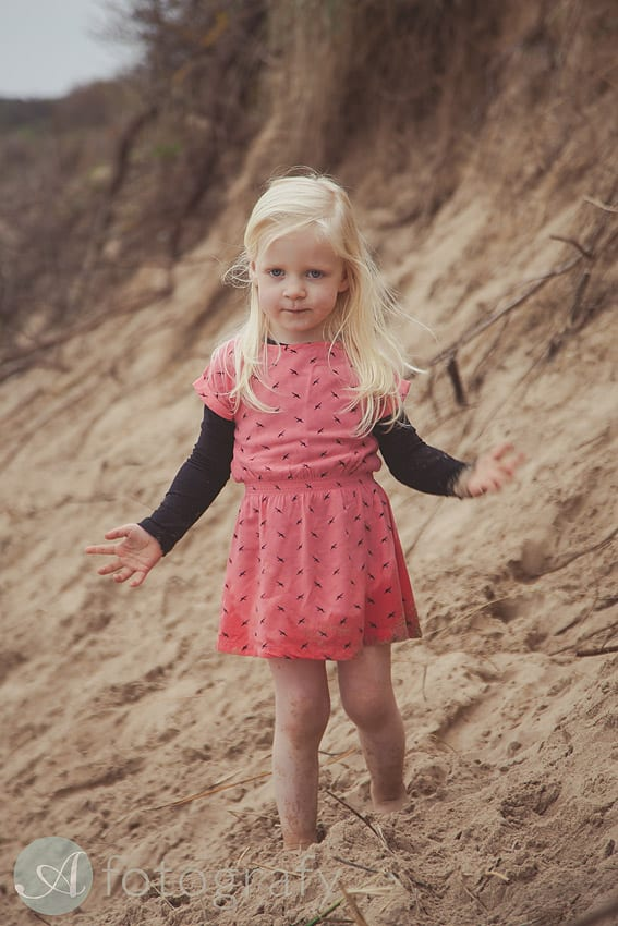 outdoors beach family photographer edinburgh-024