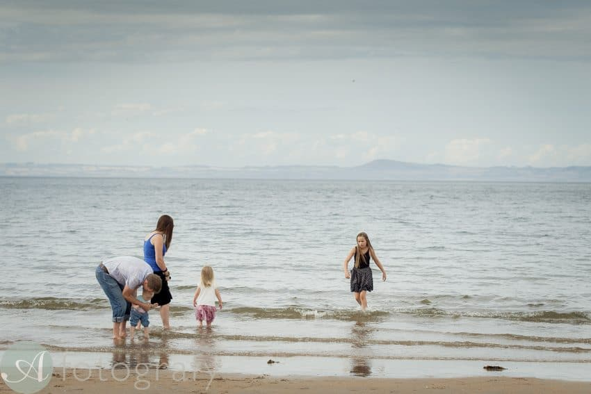 beach family portrait session-002