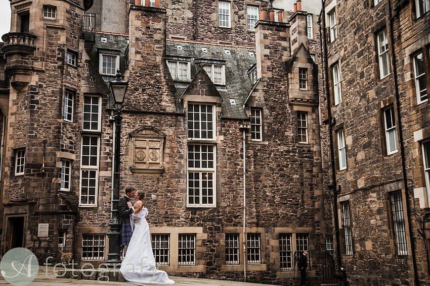 edinburgh city wedding photography -011