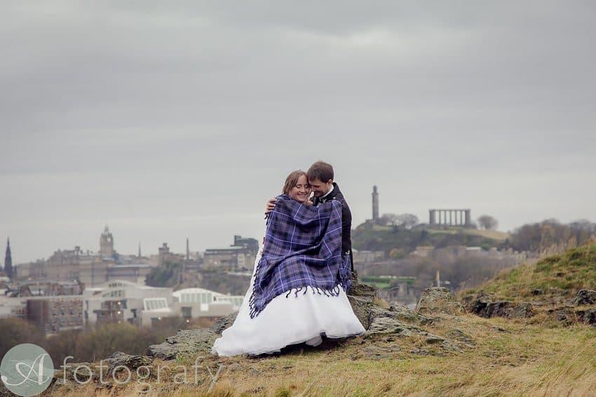 Edinburgh city tour wedding photography | Mr and Mrs Towers 11