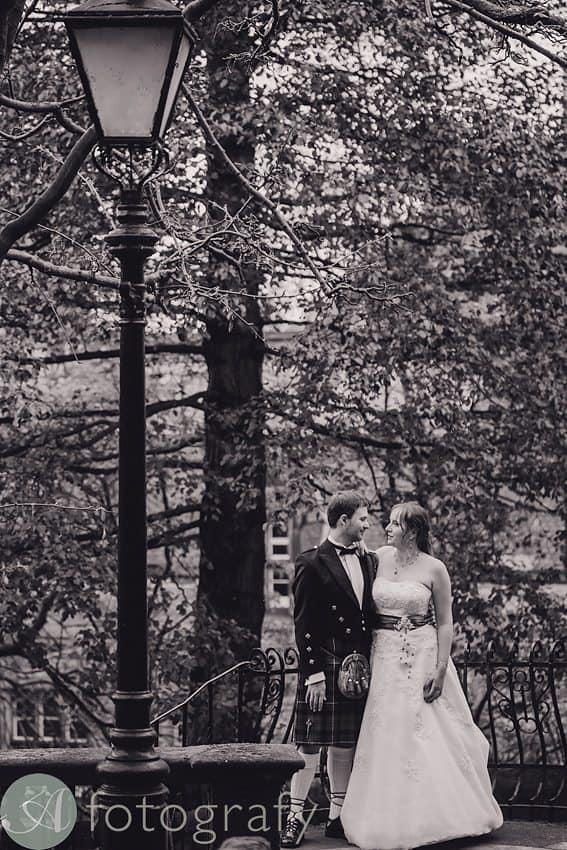wedding photography in edinburgh-011