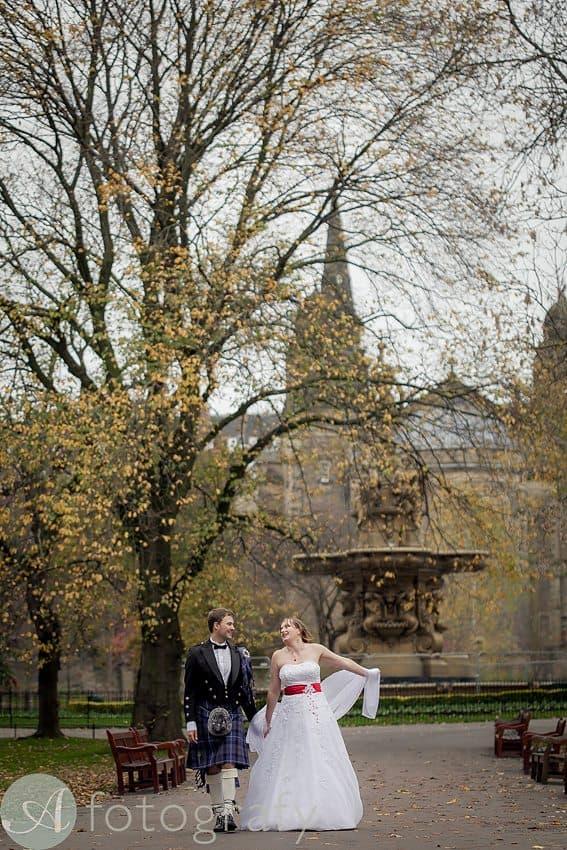 wedding photography in edinburgh-012