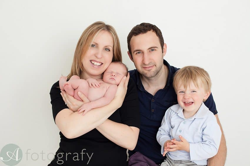 newborn and family photos-006