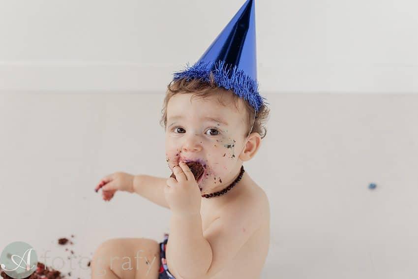 Edinburgh baby photographers cake smash-011