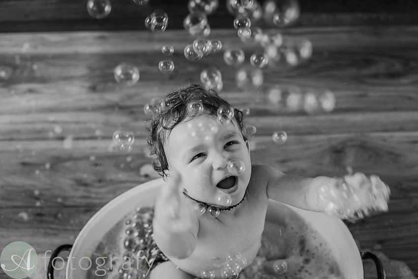 Edinburgh baby photographers cake smash-019