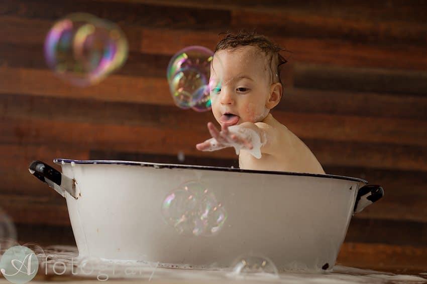 baby bath photography-001