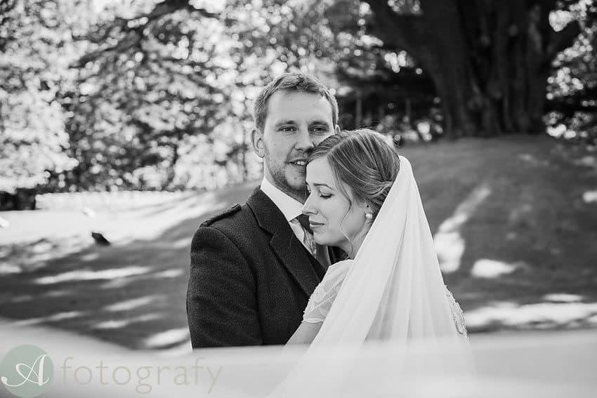 Broxmouth park wedding photos-008