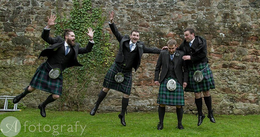 wedding photos at broxmouth park-002