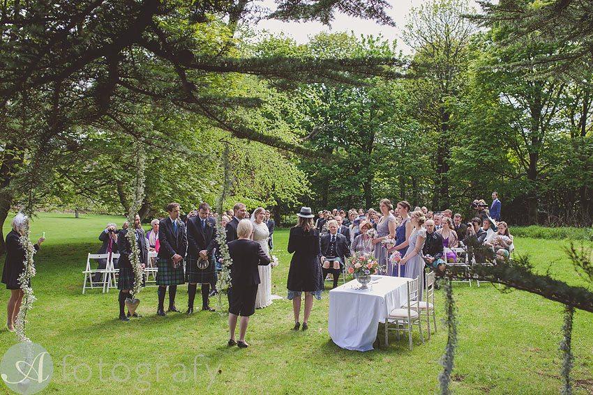 wedding photos at broxmouth park-012