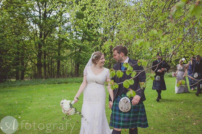 wedding photos at broxmouth park-015