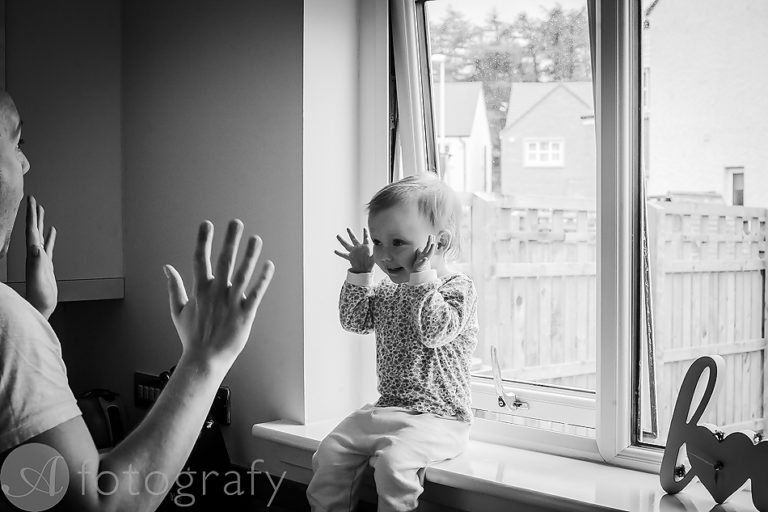 Natural black and white family portraits 1