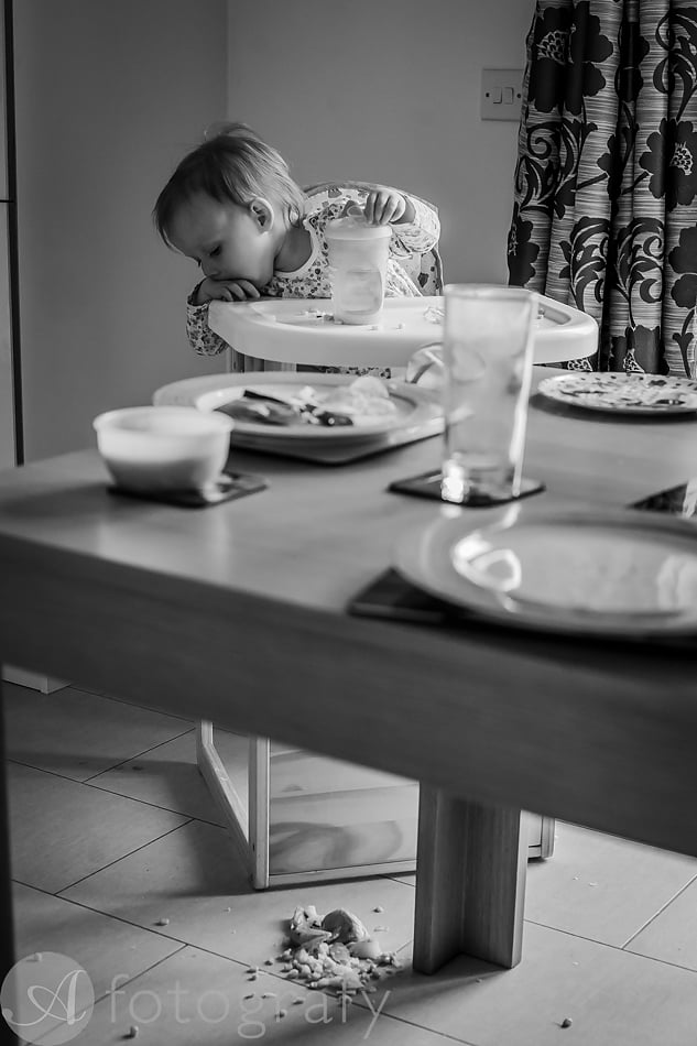 Natural black and white family portraits 21