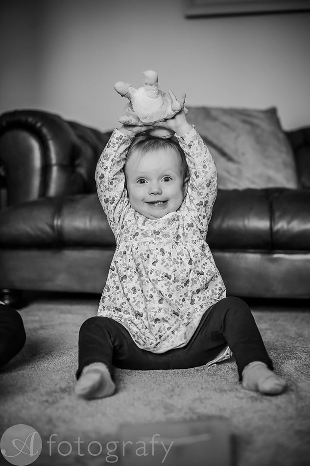 Natural black and white family portraits 22